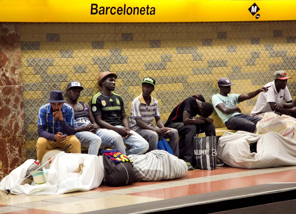 The truth about racism in Spain - African immigrants at Barcelona metro station