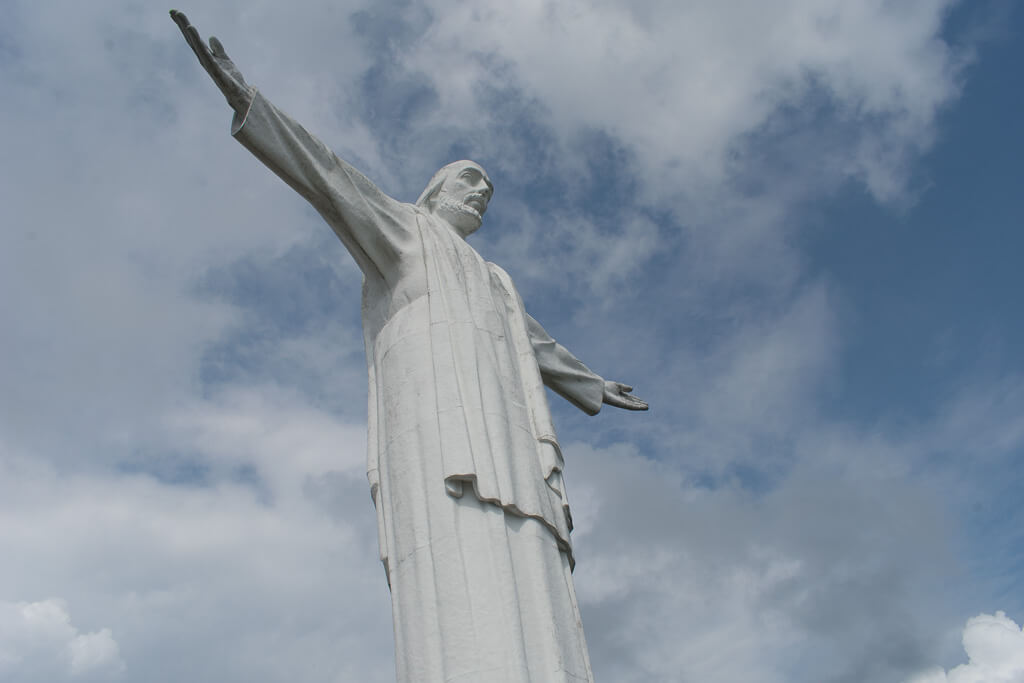 Colombia travel bucket list - Cristo Rey statue