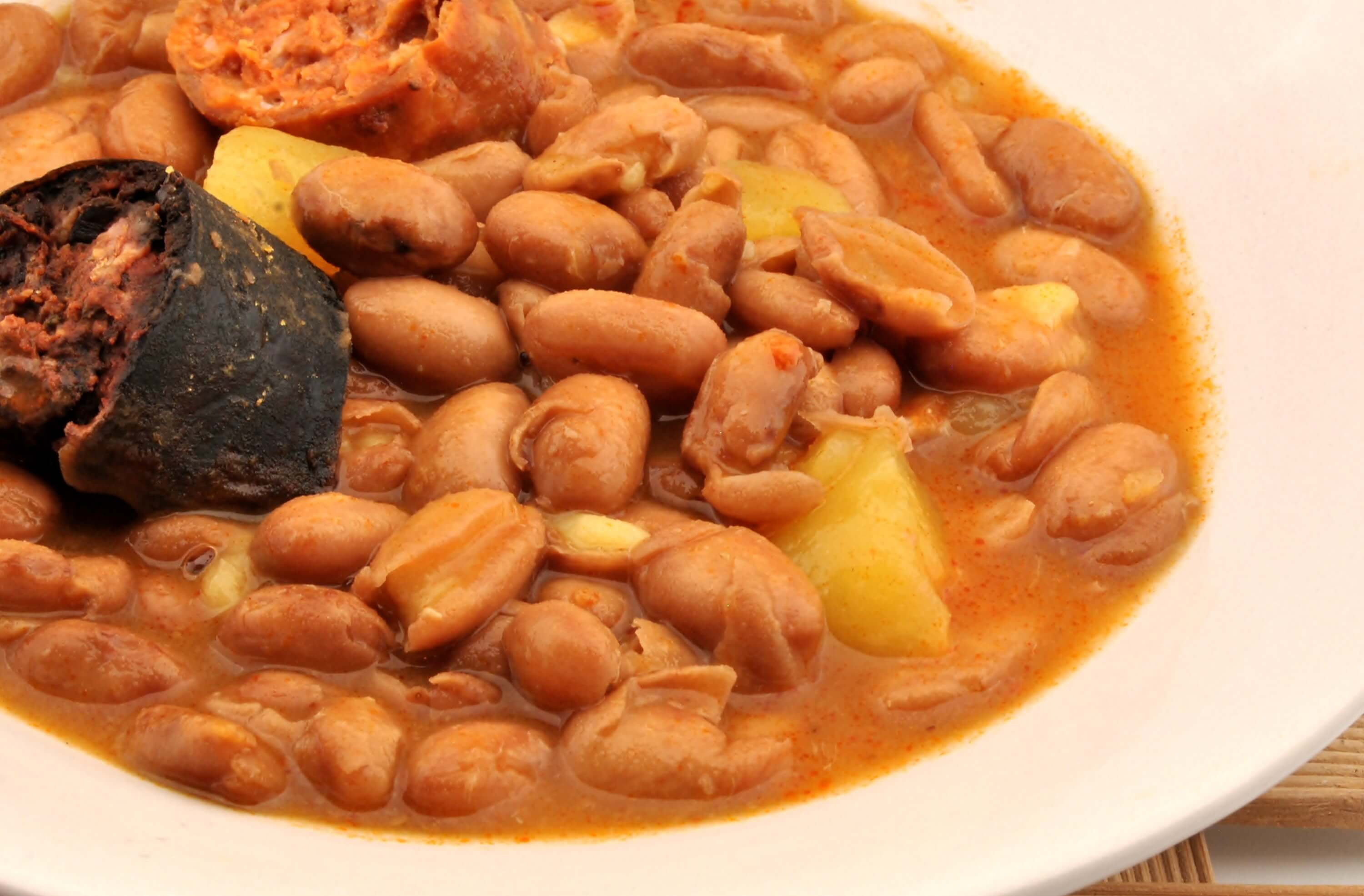 6 Dishes to Eat in Spain Besides Paella and Tapas - Fabada Asturiana