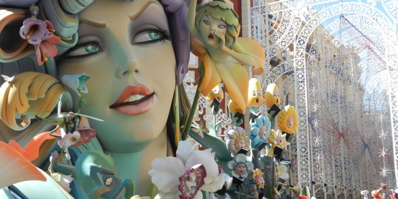 Las Fallas - 9 Experiences You Must Have in Spain