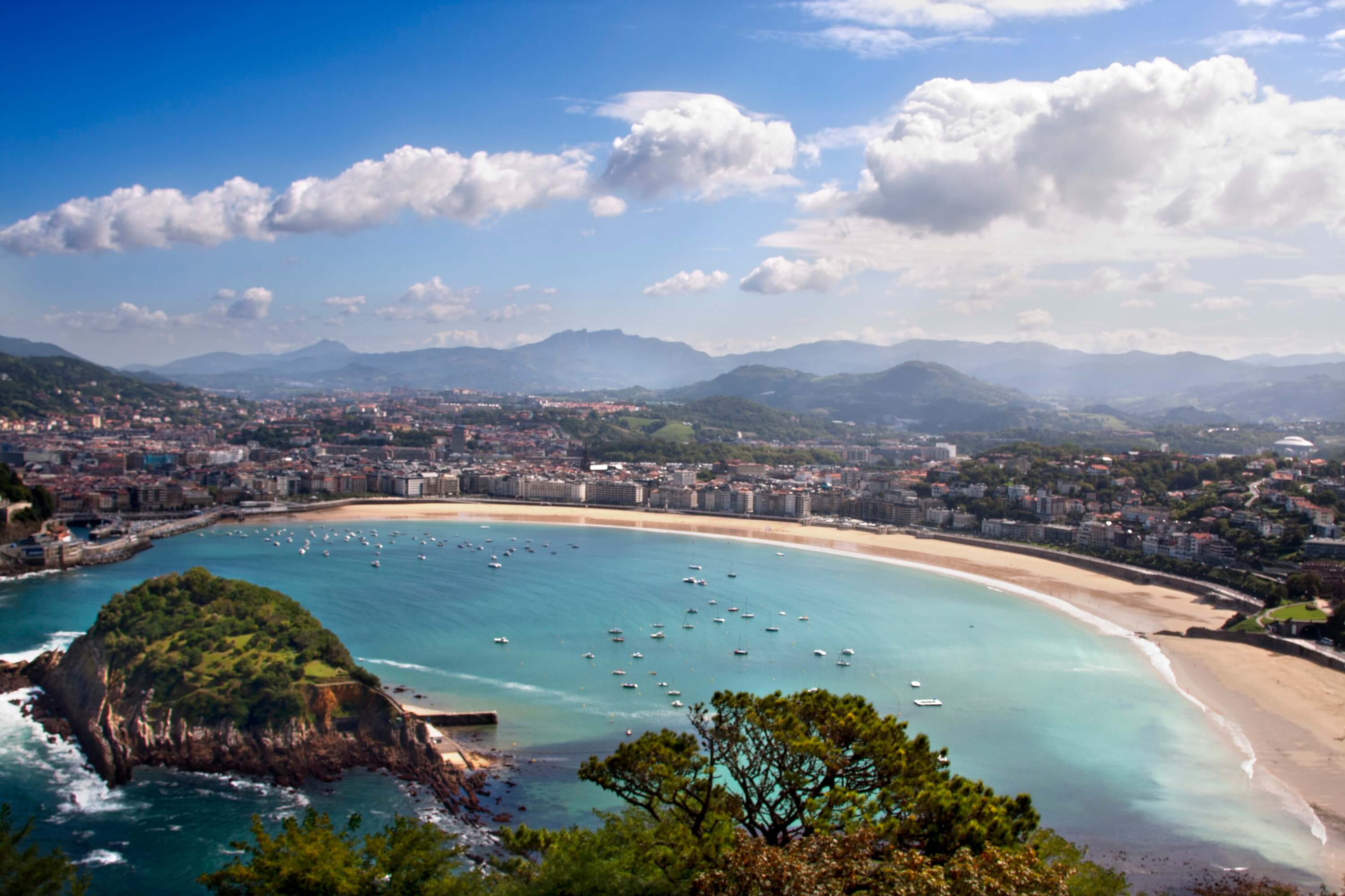 10 best beaches in Spain you should visit before you die - La Concha