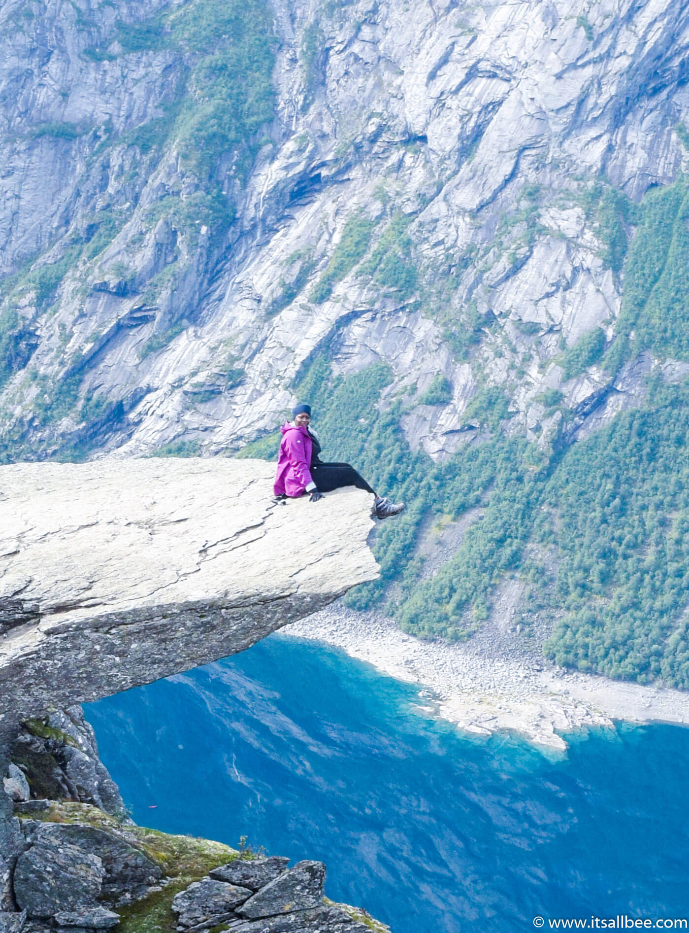 Black female solo travel Bianca Trolltung Hiking Norway - Camping in Trolltunga - Odda