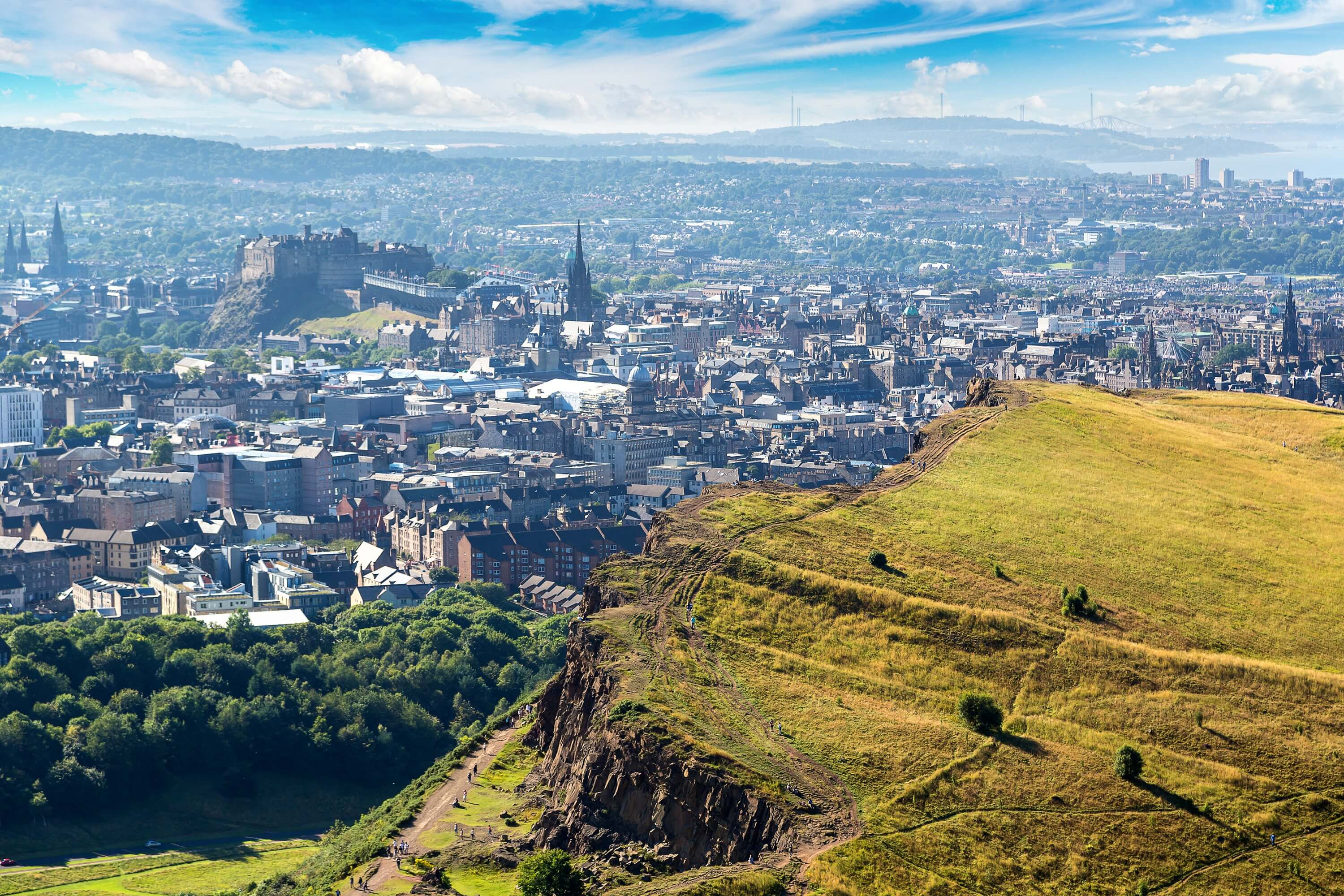 7 day Edinburgh itinerary for female solo travelers - Arthur's Seat