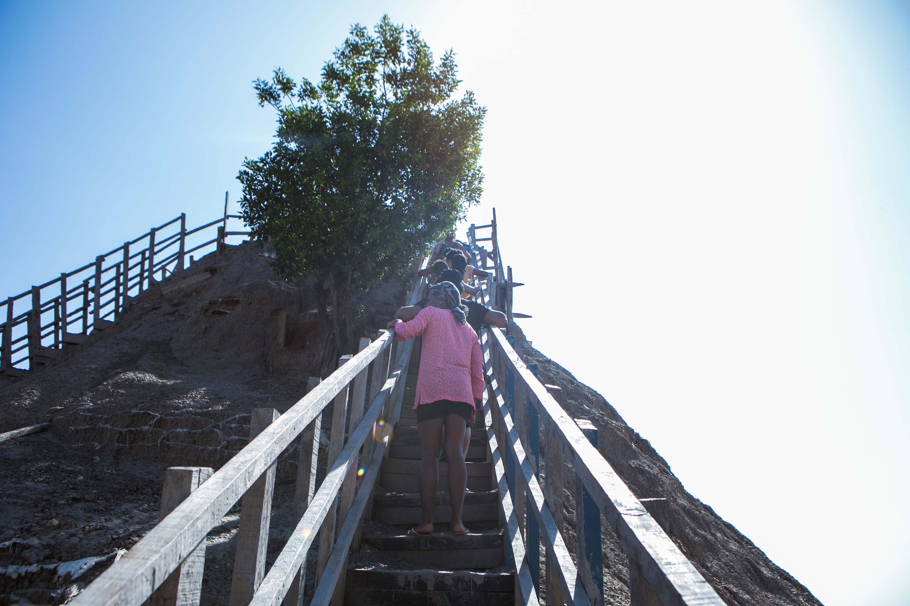 El Totumo Mud Volcano - Stairs of death