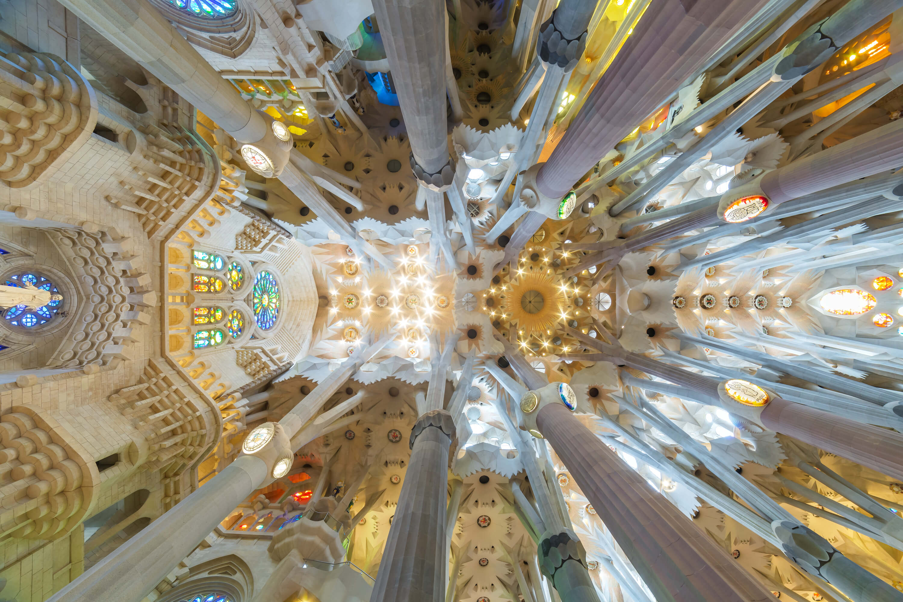 3 Day Barcelona Itinerary - La Sagrada Familia Interior