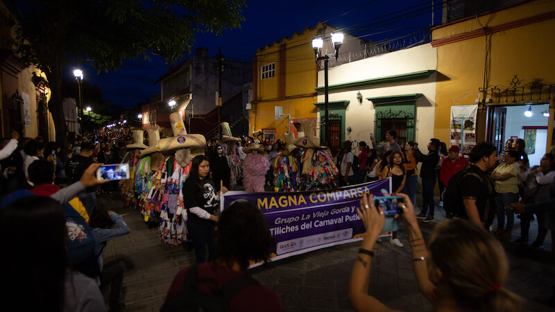 Day of the dead Oaxaca - processions on the streets