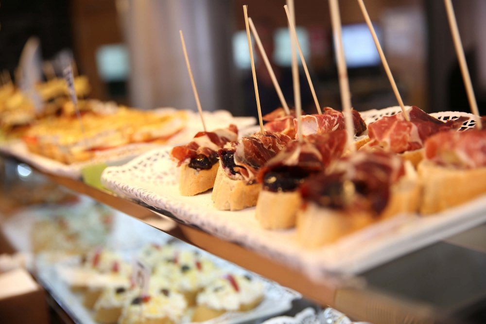 Things not to do in Barcelona - tapas on display