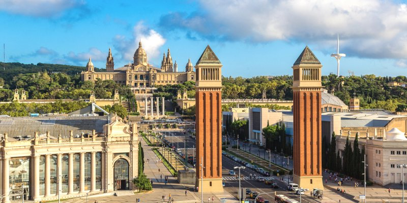 Fun things to do in Barcelona - Placa de Espanya