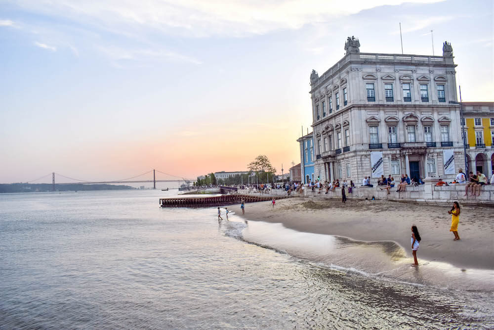 One week Portugal itinerary - Tagus River by Praca do Comercio