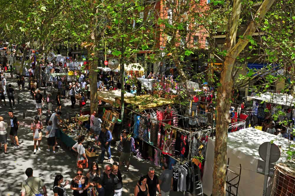 3 day Madrid itinerary - El Rastro Market