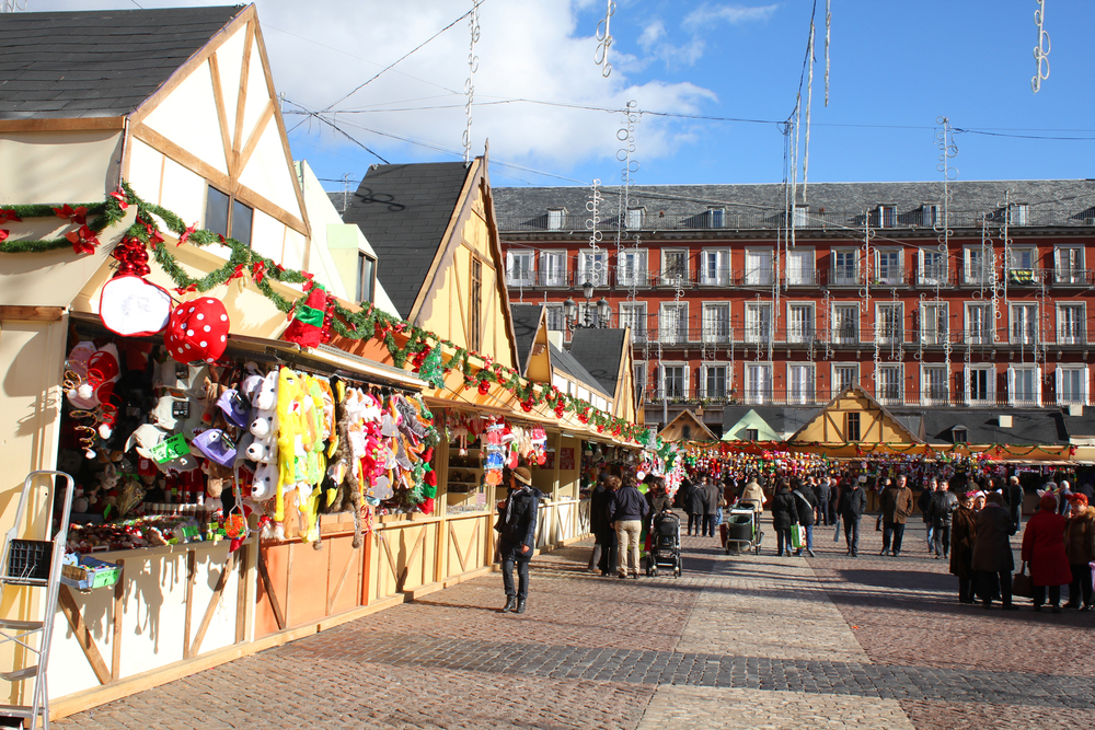 Things to do in Madrid in winter - Christmas market stalls