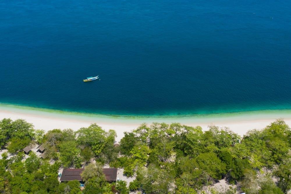 Beaches of Great Santa Cruz Island, Zamboanga City, Philippines